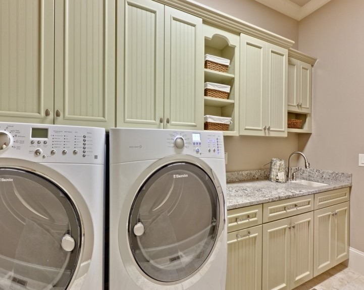 28 small laundry room ideas and cabinets designs. Black Bedroom Furniture Sets. Home Design Ideas