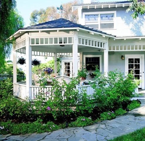 Gazebo shaped porch