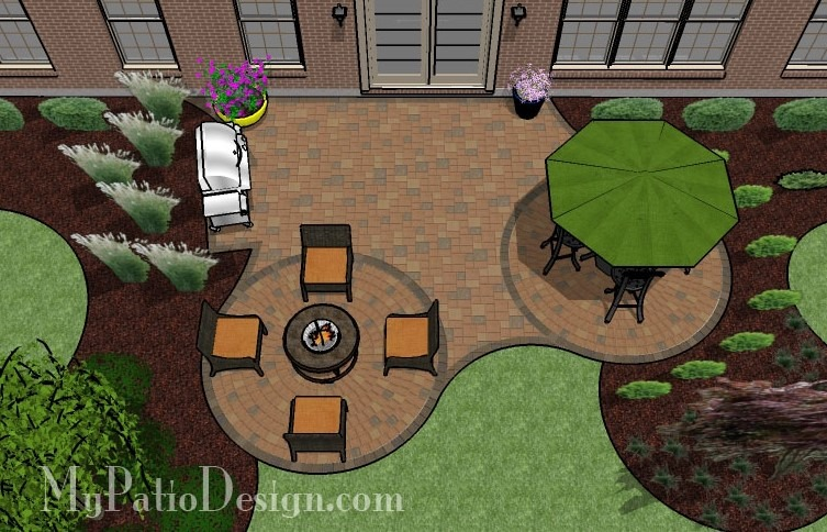 Patio with circle pavers