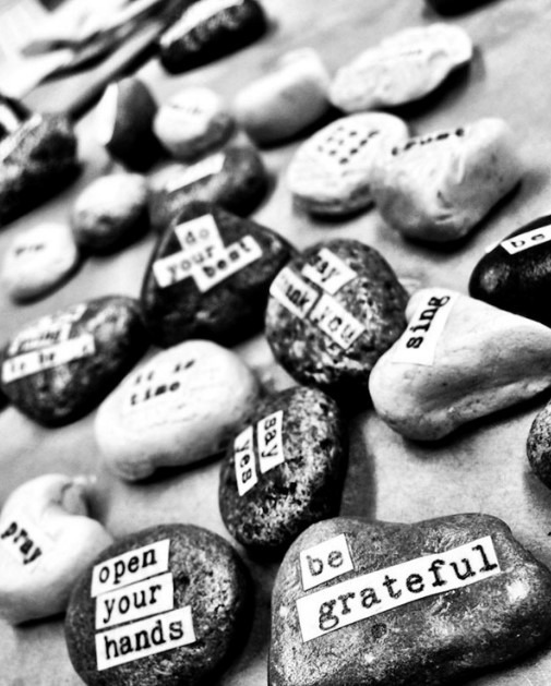 Easy Painting Ideas - Quotes on Rocks