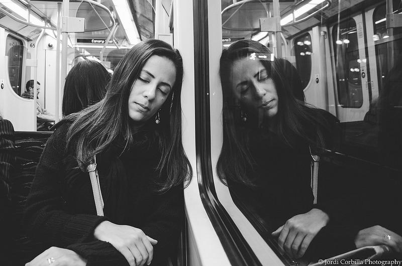 Jordi Corbilla – Sleeping beauty with dream reflection