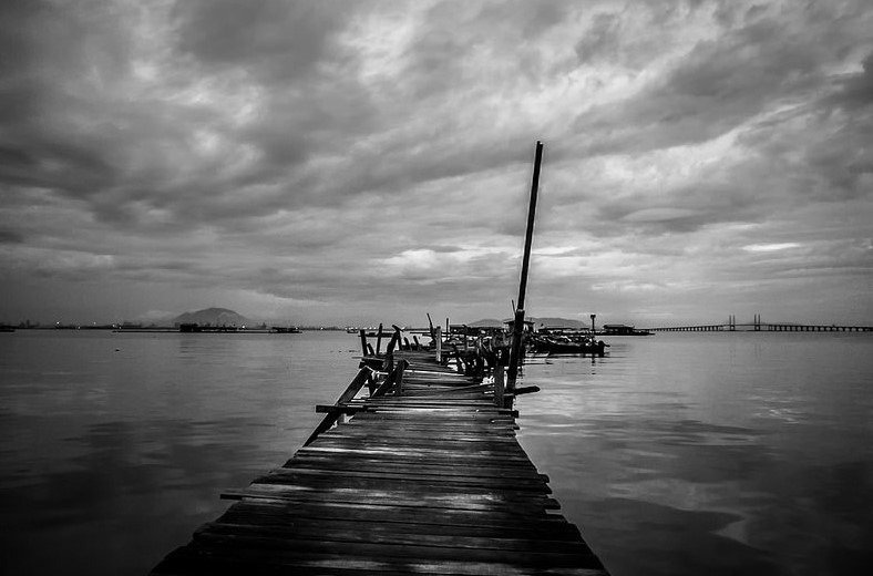 Shirren Lim – Stormy Day