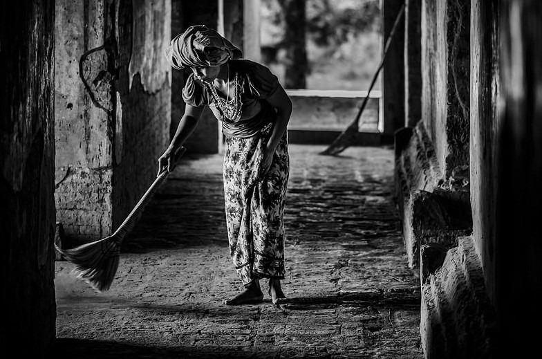 Shirren Lim – Sweeper