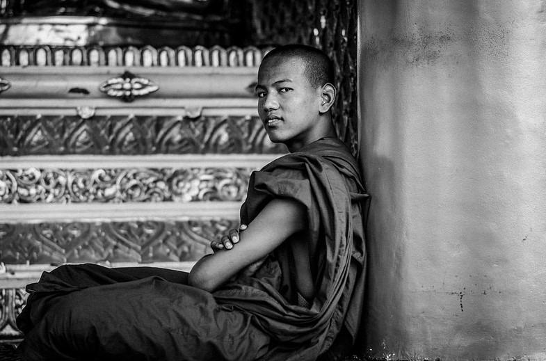 Shirren Lim – The Monk at Shwedagon Pagoda