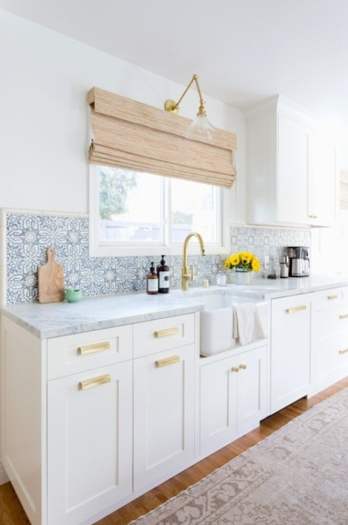 Affordable Kitchen Design with Fun Backsplash
