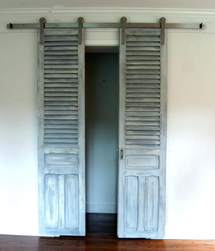 Separated Old Bi-Fold Sliding Door