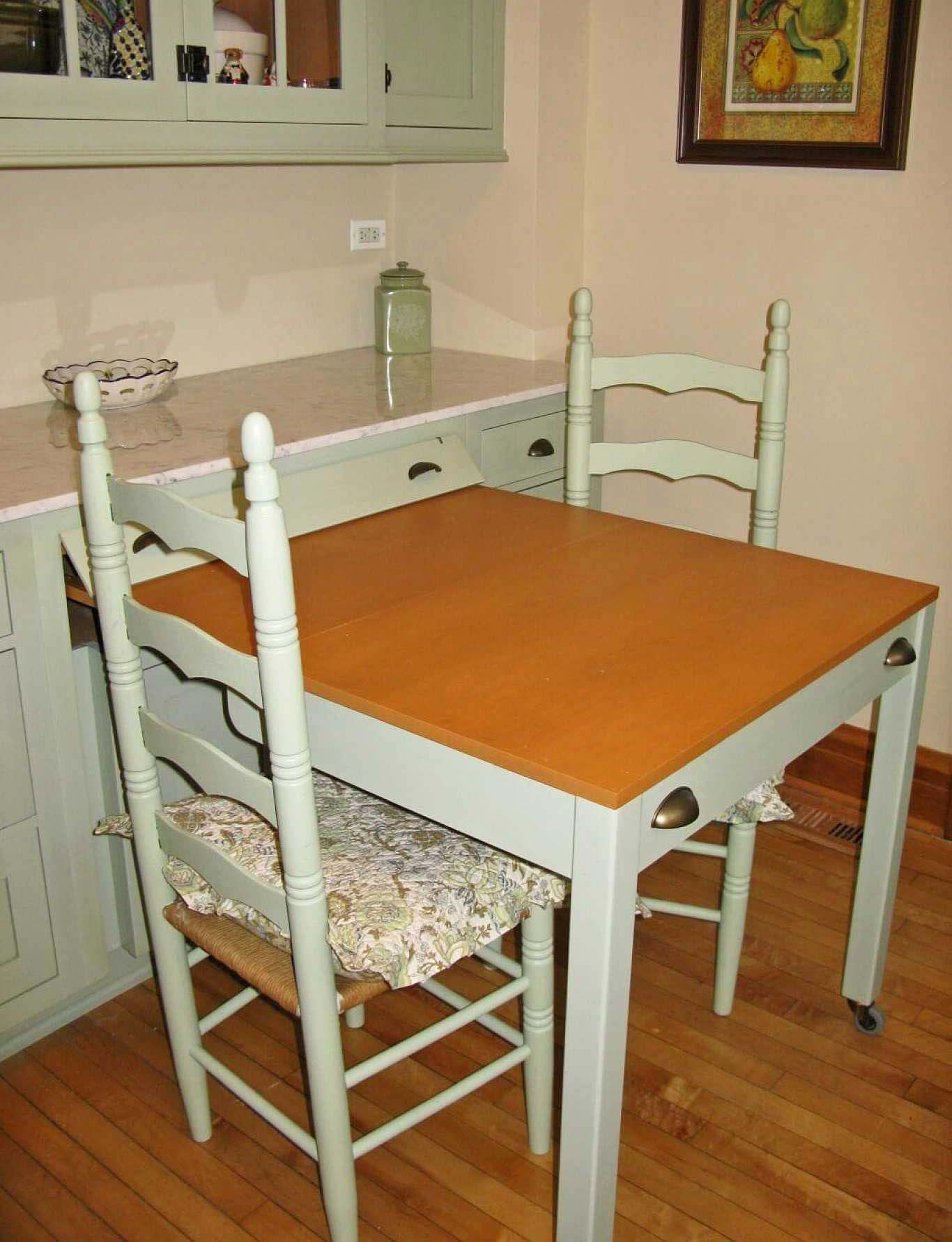 Slide-Out Table