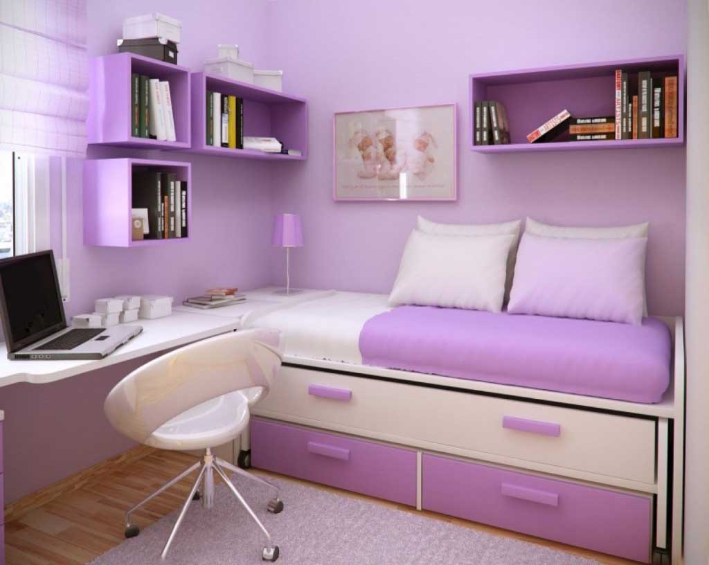 Mounted Bookcase for Girls' Small Room