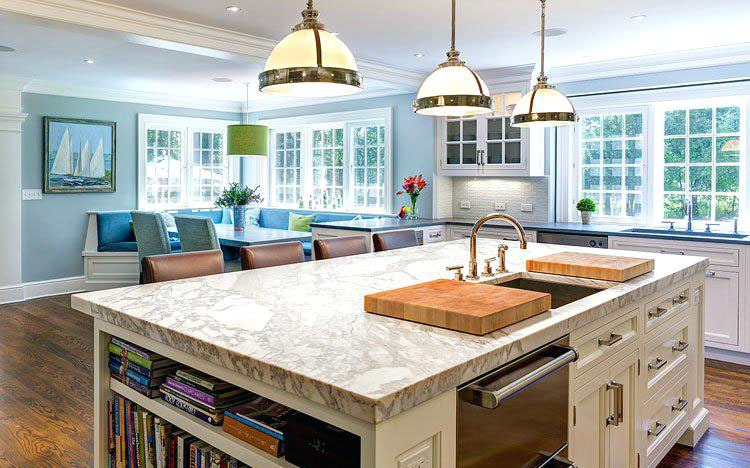Colonial White Kitchen with Grey Countertop